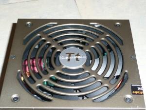 thermaltake-toughpower-xt-750-w-032-800x600