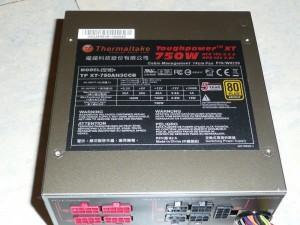 thermaltake-toughpower-xt-750-w-033-800x600