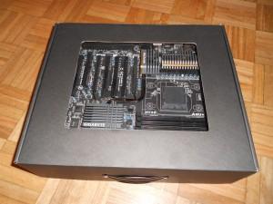 Gigabyte 990FXA-UD7 - 06