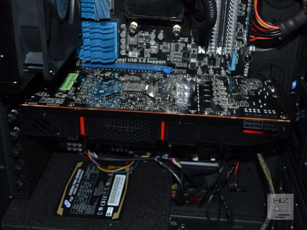 AMD Radeon R9 290X -015