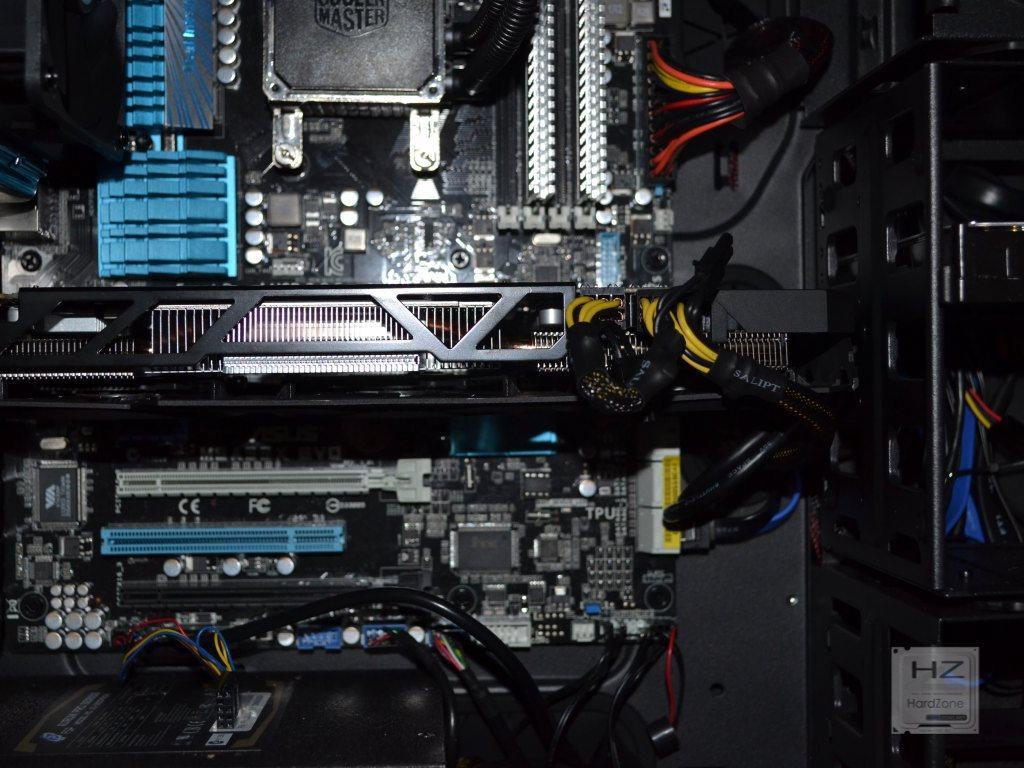 Gigabyte Radeon R9 270X OC Windforce - HardZone