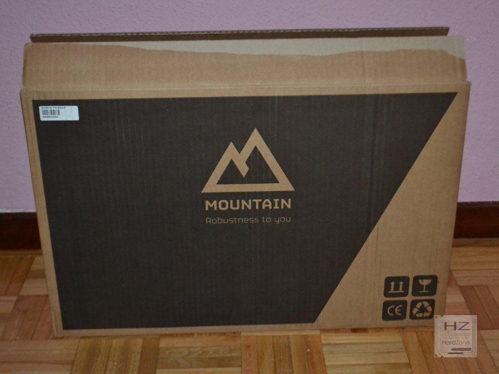 Mountain Aiden Pierce -001