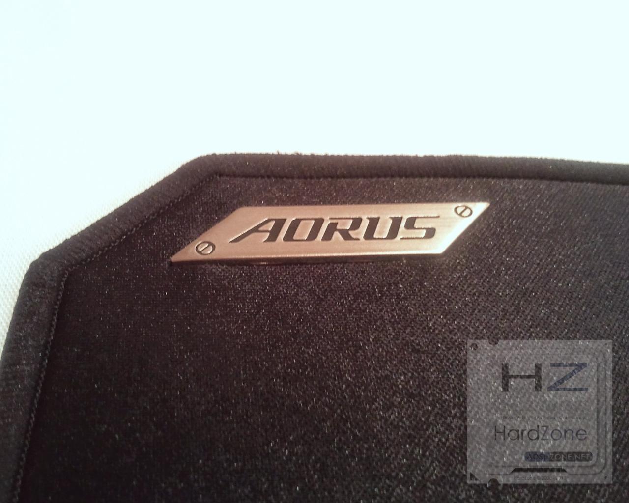 Aorus P3_030