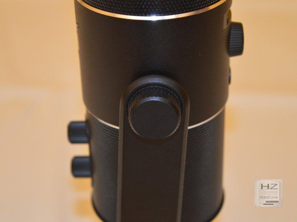 Razer Seiren -022
