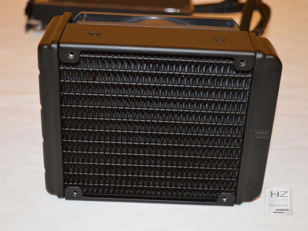 AMD Radeon R9 Fury X -020