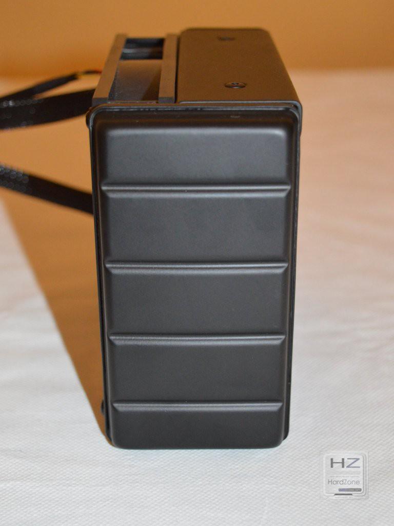AMD Radeon R9 Fury X -021