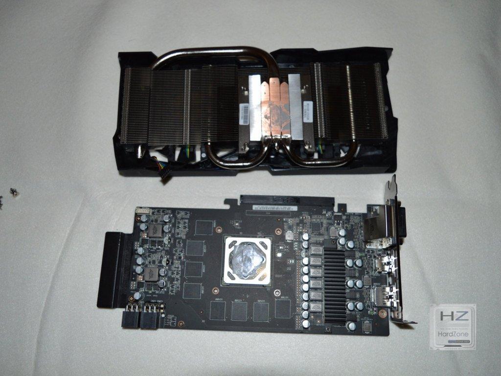 Asus Radeon R9 380X STRIX -020