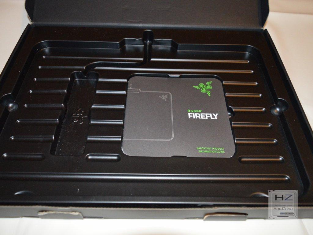 Razer Firefly -004
