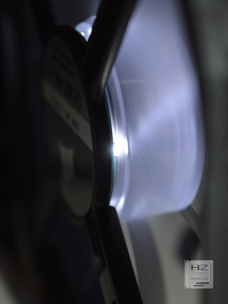 Corsair M140 PRO LED -018