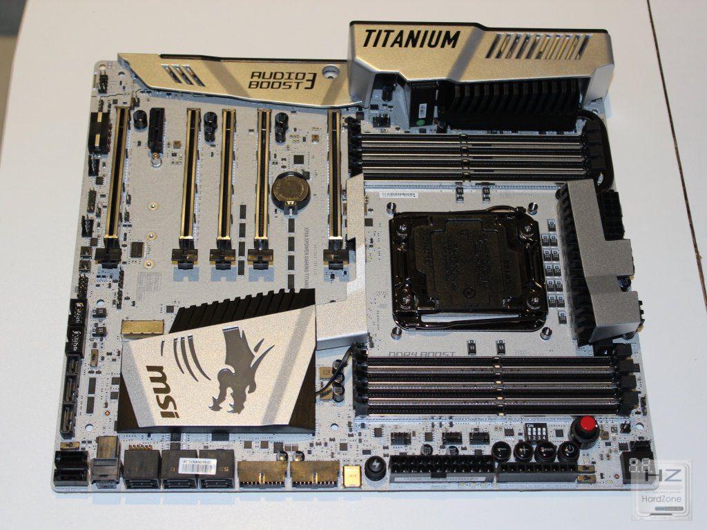 X99A Titanium015