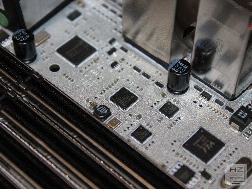 X99A Titanium027