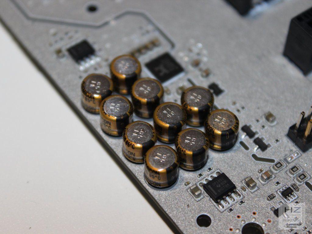 X99A Titanium034