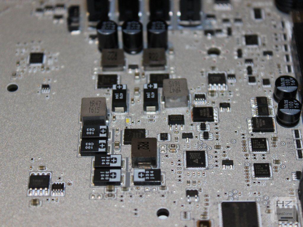 X99A Titanium046