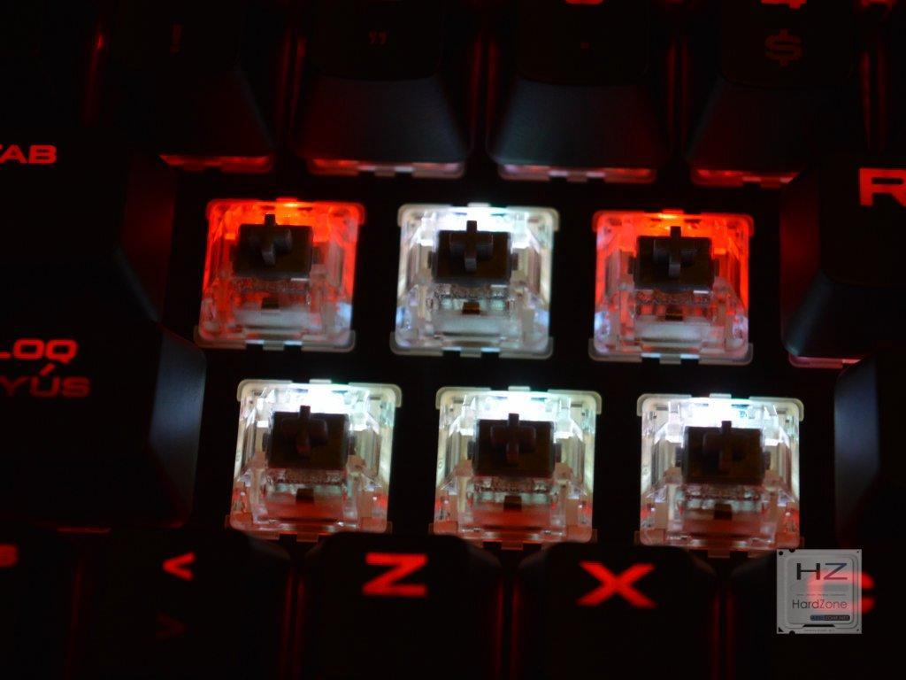 Corsair K70 RapidFire RGB -031