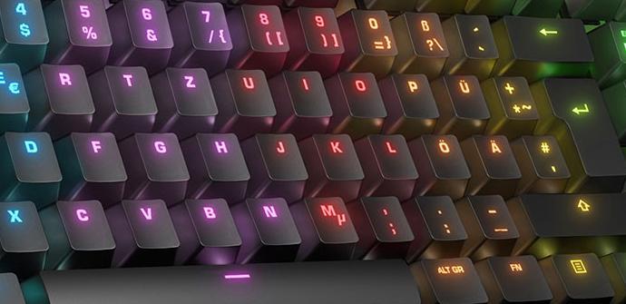 Roccat desvela su nuevo teclado mecánico Suora FX