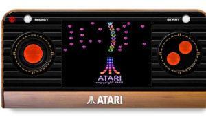 La Atari 2600 vuelve en forma de consola portátil estas Navidades