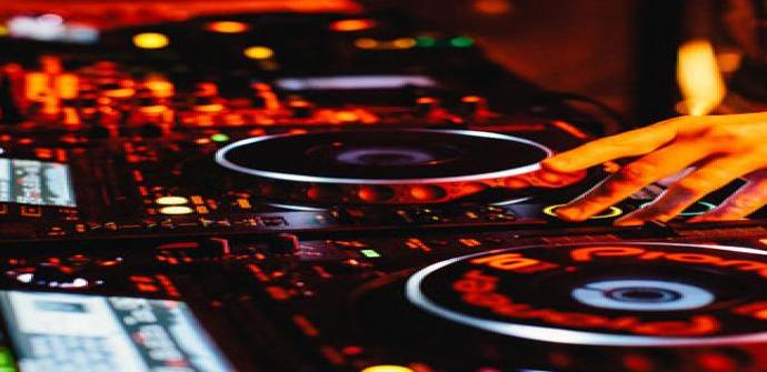 Hercules dj mejores mesas de mezclas para principiantes y for Mesa de mezclas fonestar