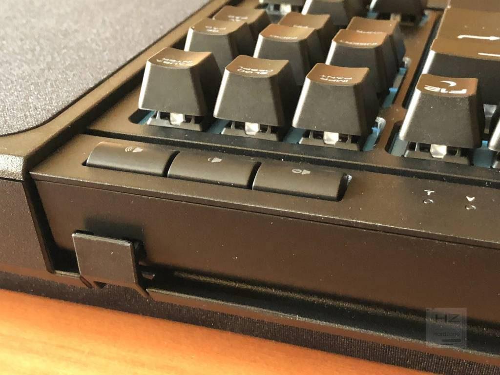 Corsair K63 Gaming Lapboard - Pestaña teclado 2