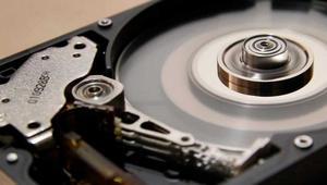 ¿Son los discos duros de 10 TB y 12 TB lo suficentemente fiables?