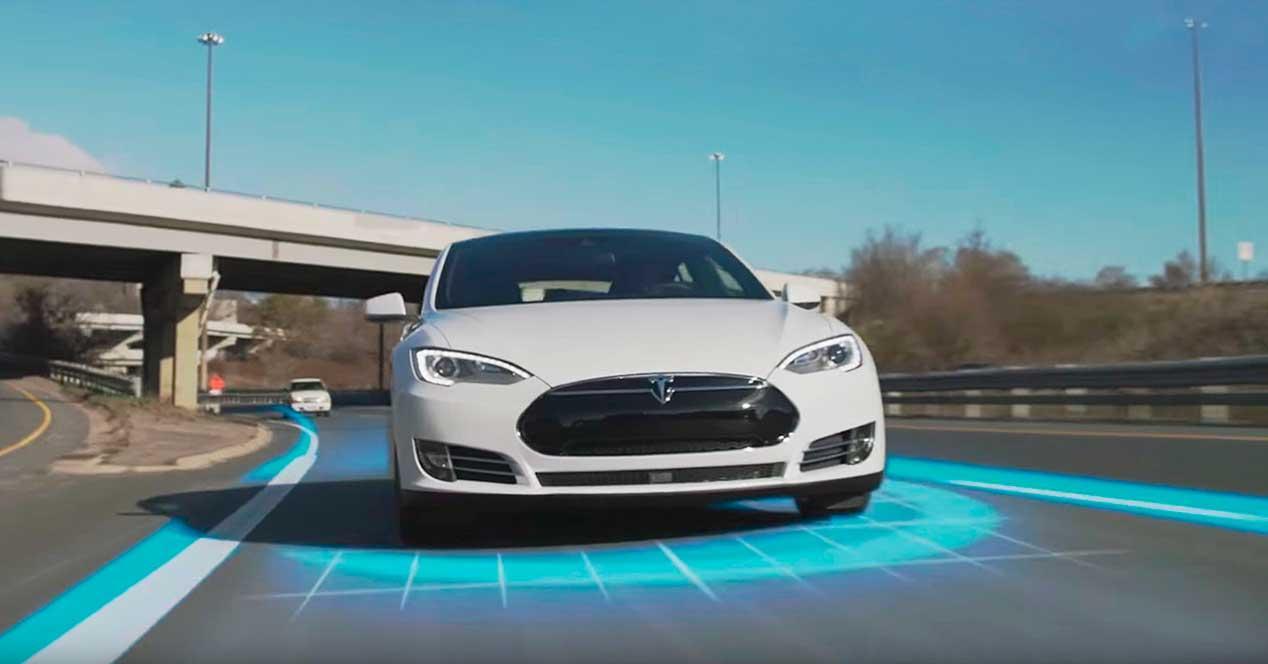 tesla coche autonomo hardware