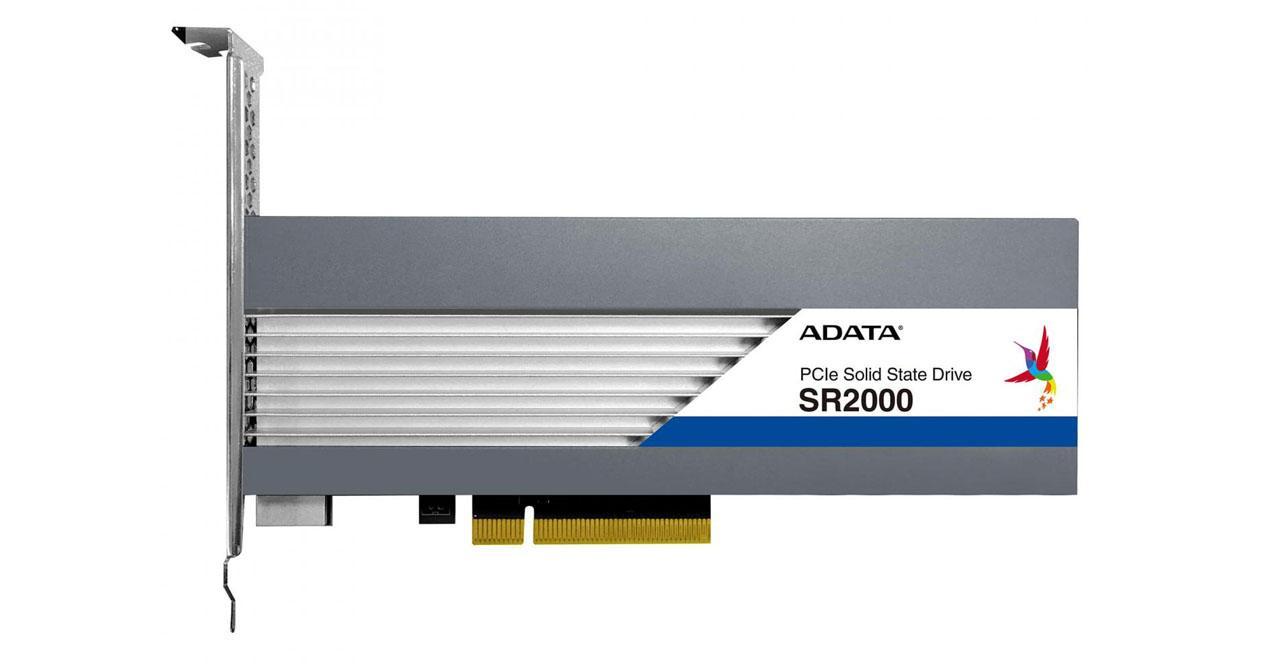 Ver noticia 'El SSD ADATA SR2000 bate todos los récords: hasta 11 TB y 6 GB/s de velocidad'