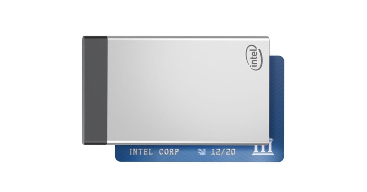 Ver noticia 'Intel Compute Card, los micro PCs que prometían mucho y se han quedado en nada'