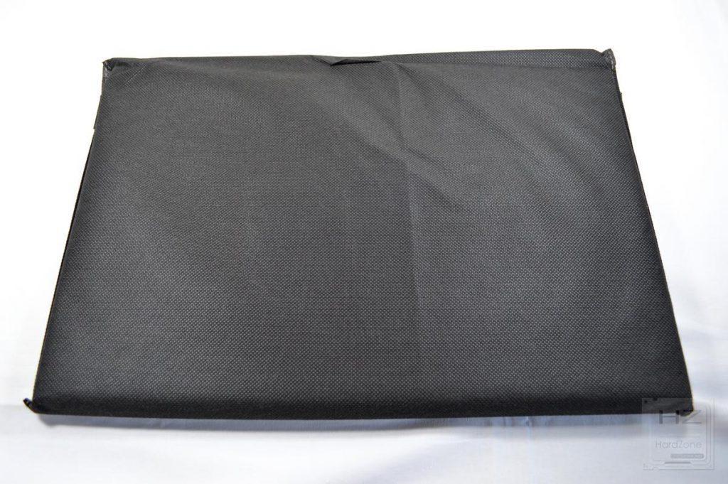 Lenovo Yoga 730 - Portátil y funda