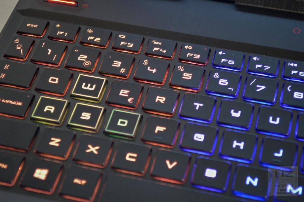 HP Omen 15 (2018) - Teclado RGB