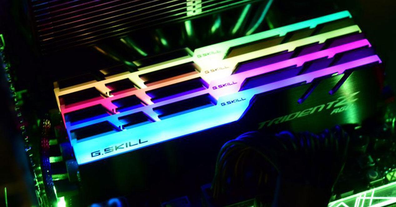 Ver noticia '5566 Mhz: nuevo récord del mundo de velocidad en memorias RAM DDR4'
