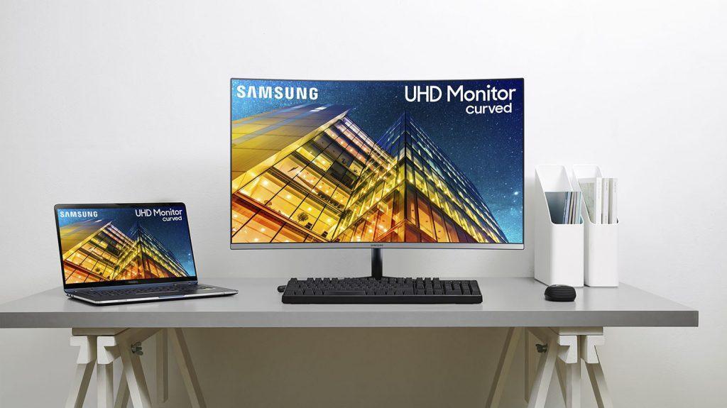 "Samsung-UR59C-32""-Monitor-1"