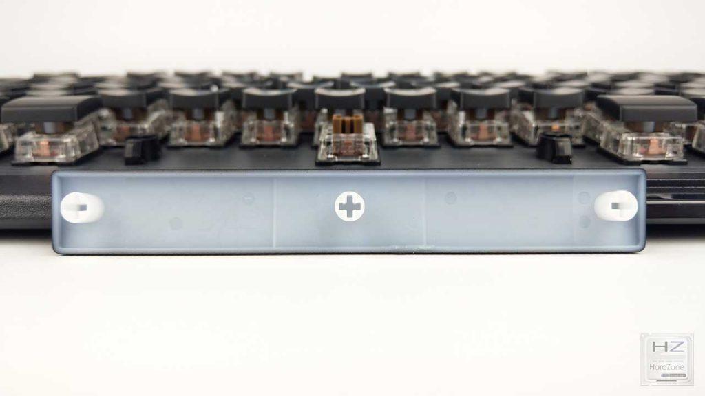 Roccat Vulcan 120 AIMO (23)