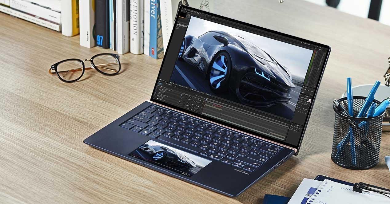 ZenBook-Series_UX334_UX434_UX534_ScreenPad™-2.0_Secondary-screen_more-space