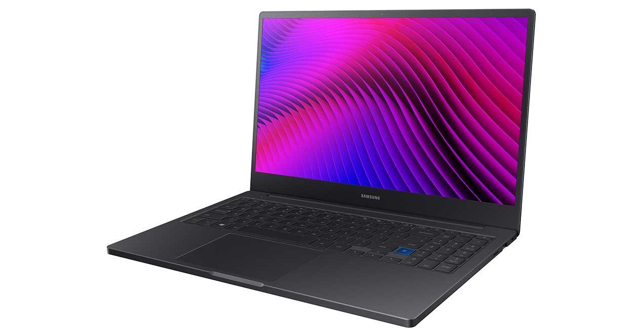 Samsung-Notebook-7-Series-3