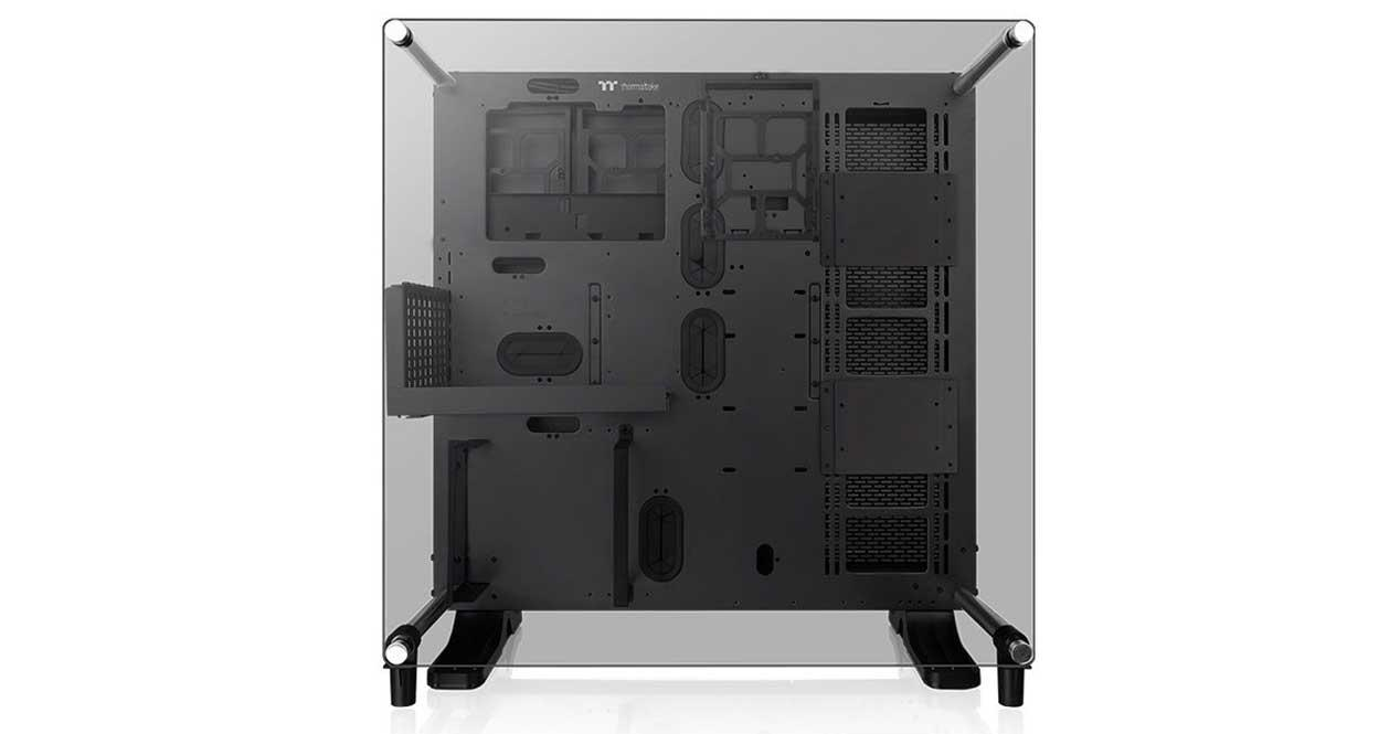 Thermaltake-Core-P5-TG-V2-Black-Edition-2