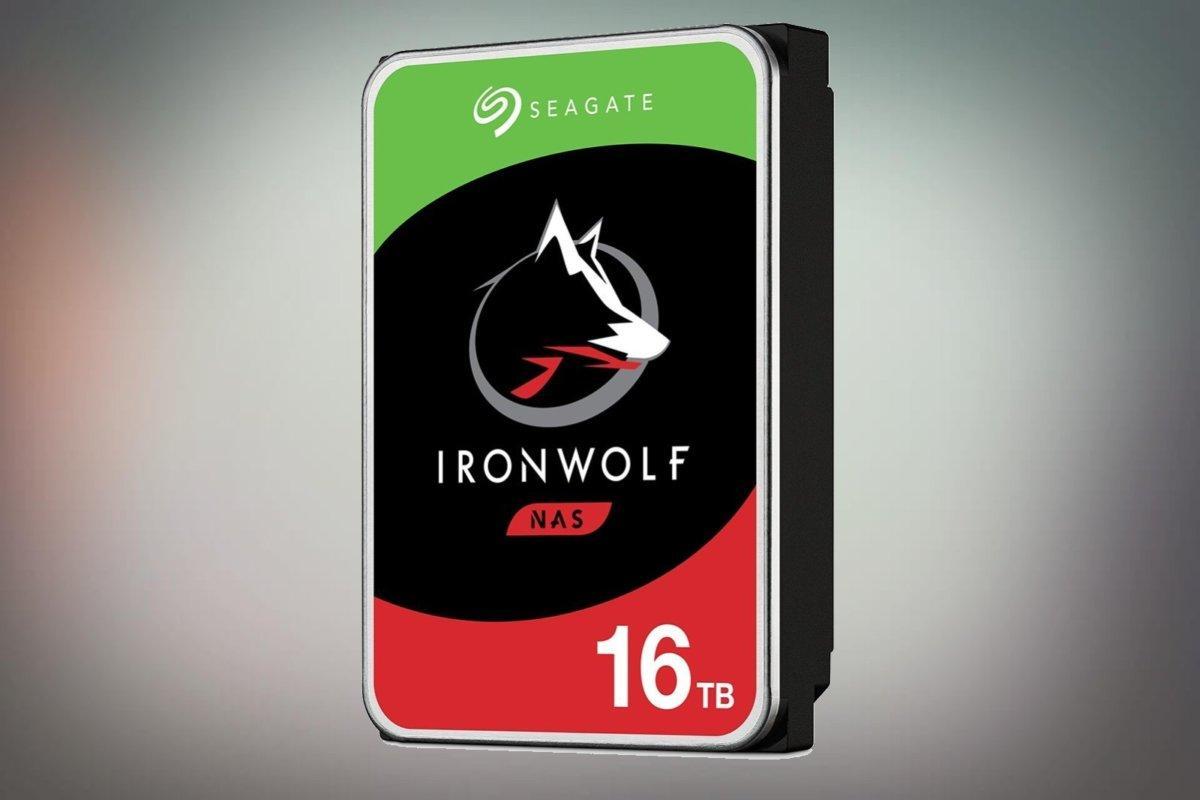 seagate-ironwolf-pro-16tb-100798244-large