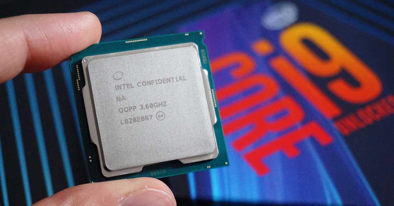 Intel-Core-i9-9900KS-box