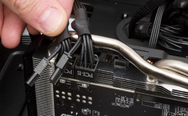 Conectar cable PCIe en fuente de alimentación