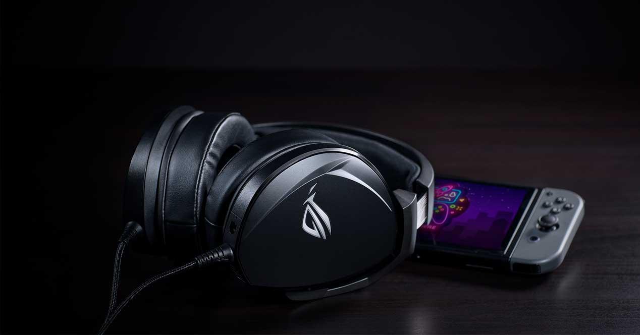 auriculares gaming ASUS
