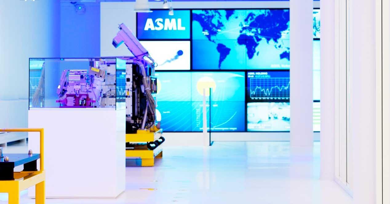 ASML-5