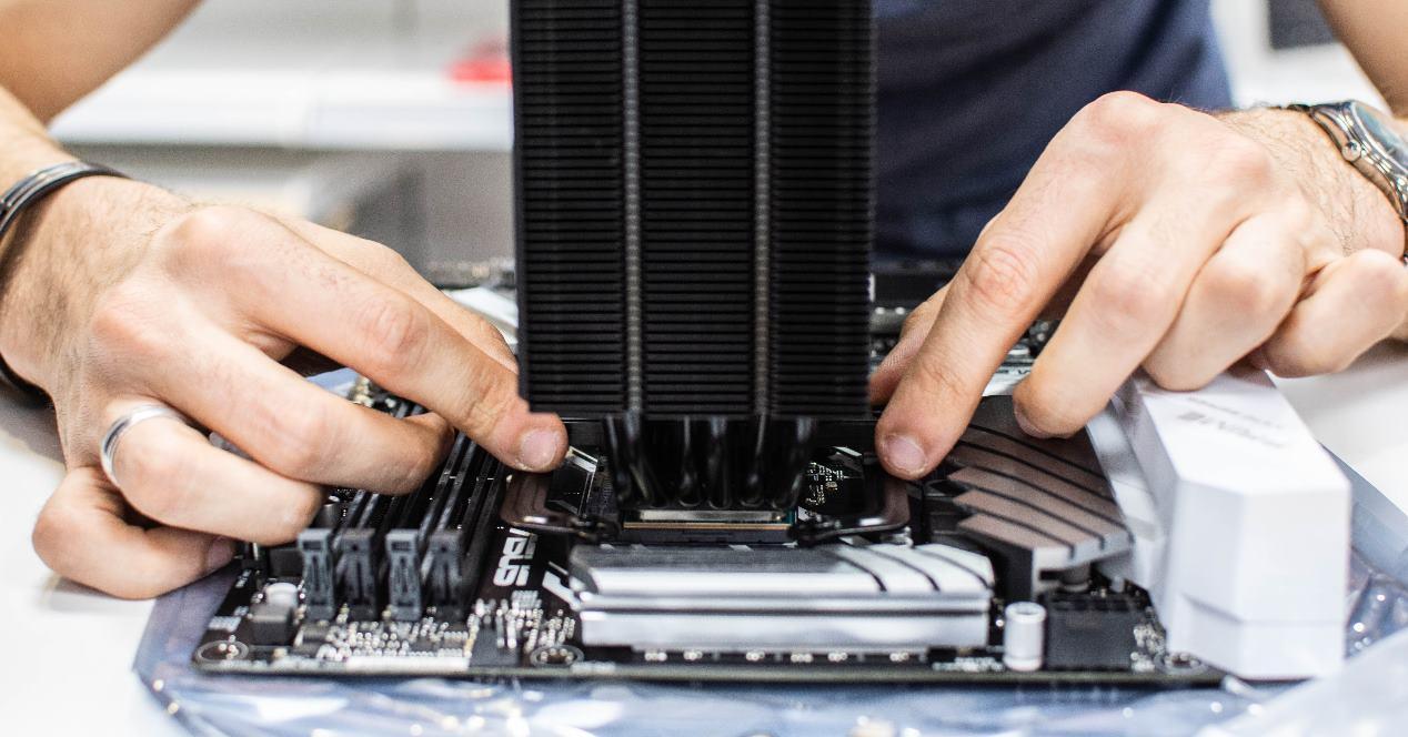 montar PC merece la pena ahorro