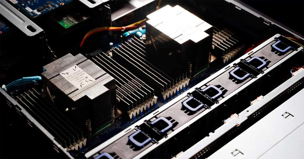 AMD-EPYC-Server