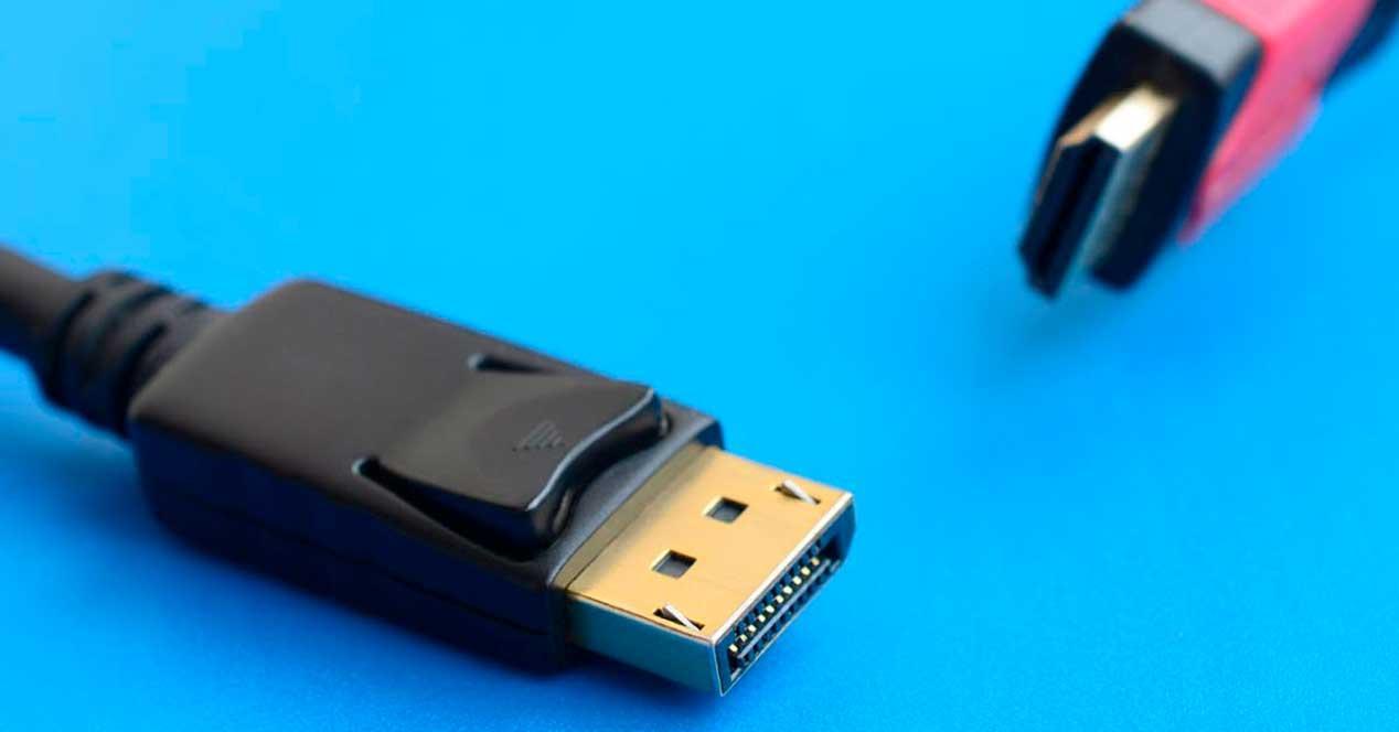 DisplayPort-2.0-vs-HDMI-2.1