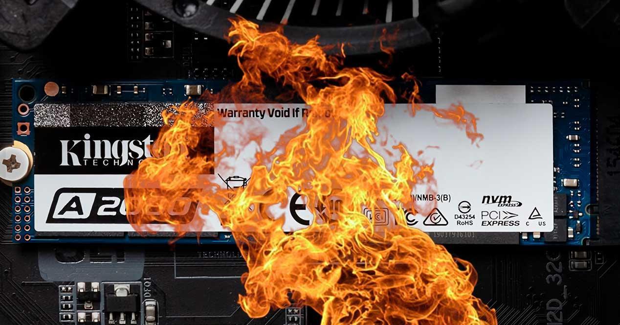 SSD-caliente-ardiendo-fuego